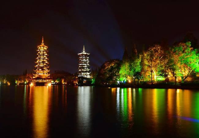 【动车团】2019桂林跨年4天3晚深度游 共十期