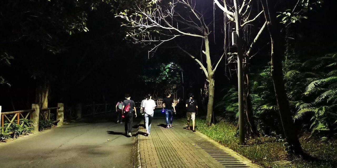 55户外-2019.10.23 大运体育公园夜徒
