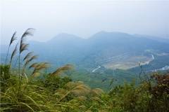 深圳塘朗山穿越梅林水库.感受自然放松心情
