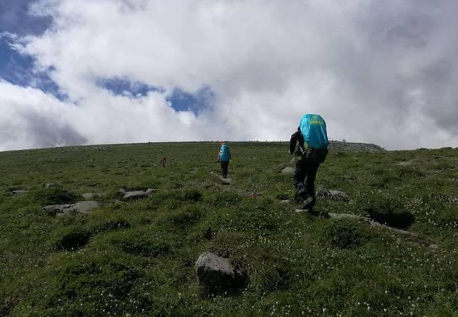 五五戶外陜西第二高峰鰲山穿越