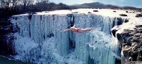 五五户外-【冰雪童话】亲子专线 哈尔滨-俄式风情伏尔加庄园-亚布力滑雪-雪乡穿越林海-镜泊湖冰瀑-冬捕-虎园6日