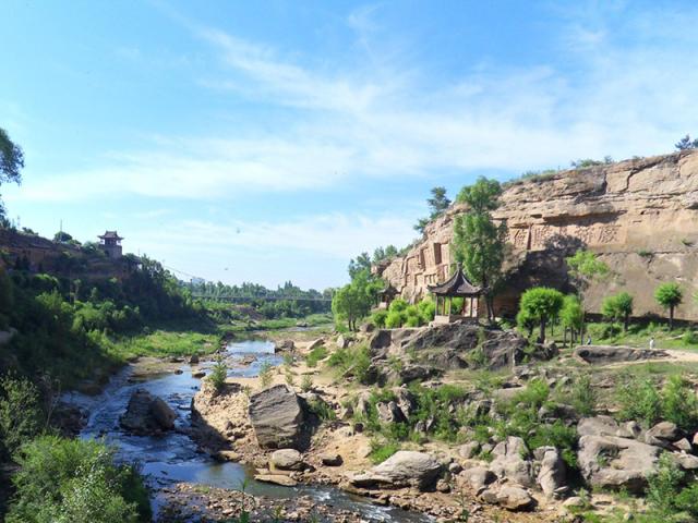 五五户外-【遇见秦蒙】西安·壶口瀑布·延安·杨家岭·波浪谷·红石峡·镇北台·库布其沙漠·深度体验·5日游